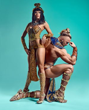 Antike Kostüme im Stil von Cleopatra und Pharao