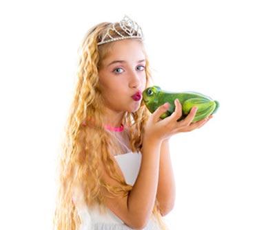 Prinzessin küsst Froschkönig