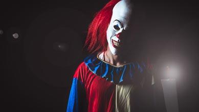Horror Kostüm Clown im Nachtnebel