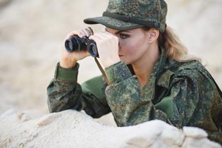 Militär Kostüm Soldatin mit Fernglas