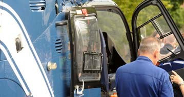 Pilotenkostüm eines Helikopter-Pilots
