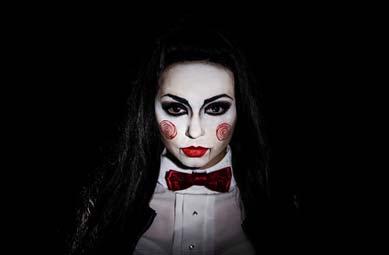 Saw Maske aus Make-up