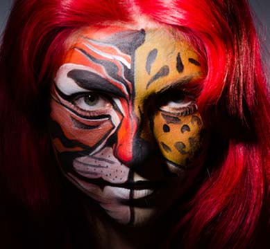 Tiger Kostüm mit Make-up